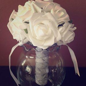 40 White lifelike roses artificial flowers wedding